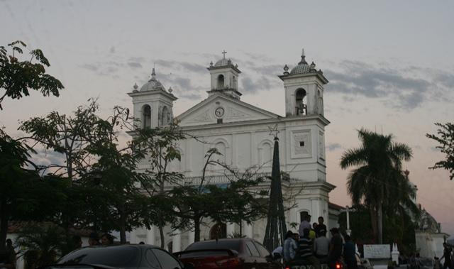 Iglesia de Suchitoto 1