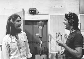 George Harrison y Paul McCartney