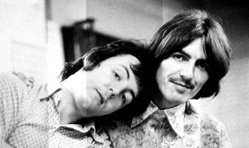 Paul McCartney y George Harrison