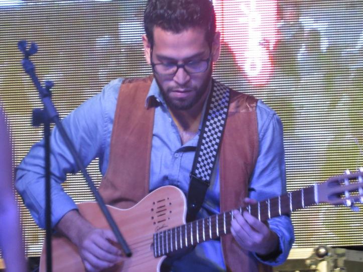 José Corpeño, guitarrista del Cuarteto de Nadia Maltez.