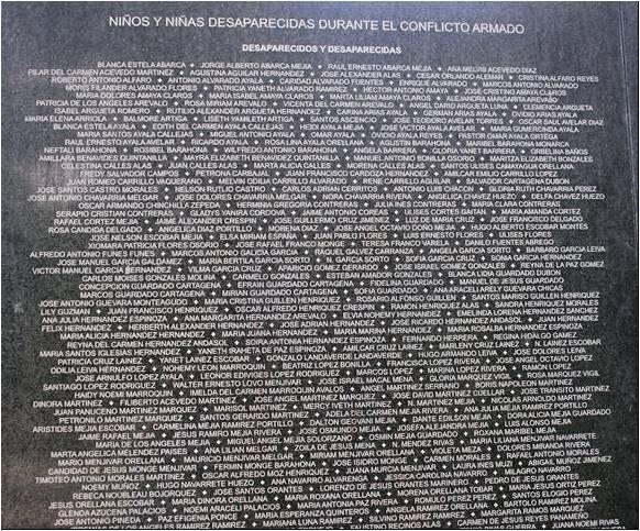 MONUMENTO A LA MEMORIA Y LA VERDAD. El Salvador. Imagen1 (5)