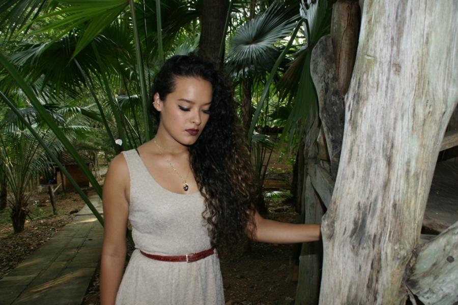 Karla González en la canción SENTÍ